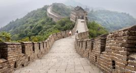 great-wall-of-china-with-clouds